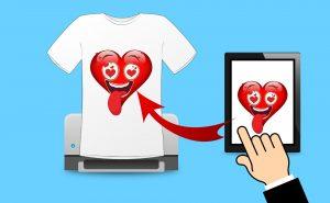 Koszulki z nadrukiem - czemu prowadząc firmę warto wybrać właśnie je?