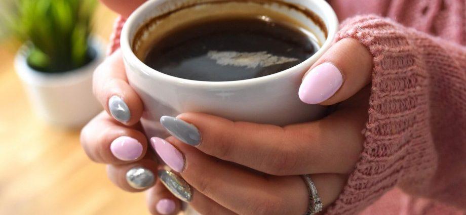 Mobilna stylizacja paznokci - jak zacząć?