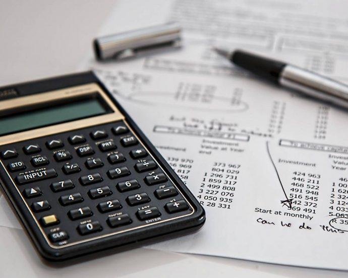 Ile kosztują usługi księgowe, i na podstawie czego wybierać fachowców do księgowości swojej firmy?